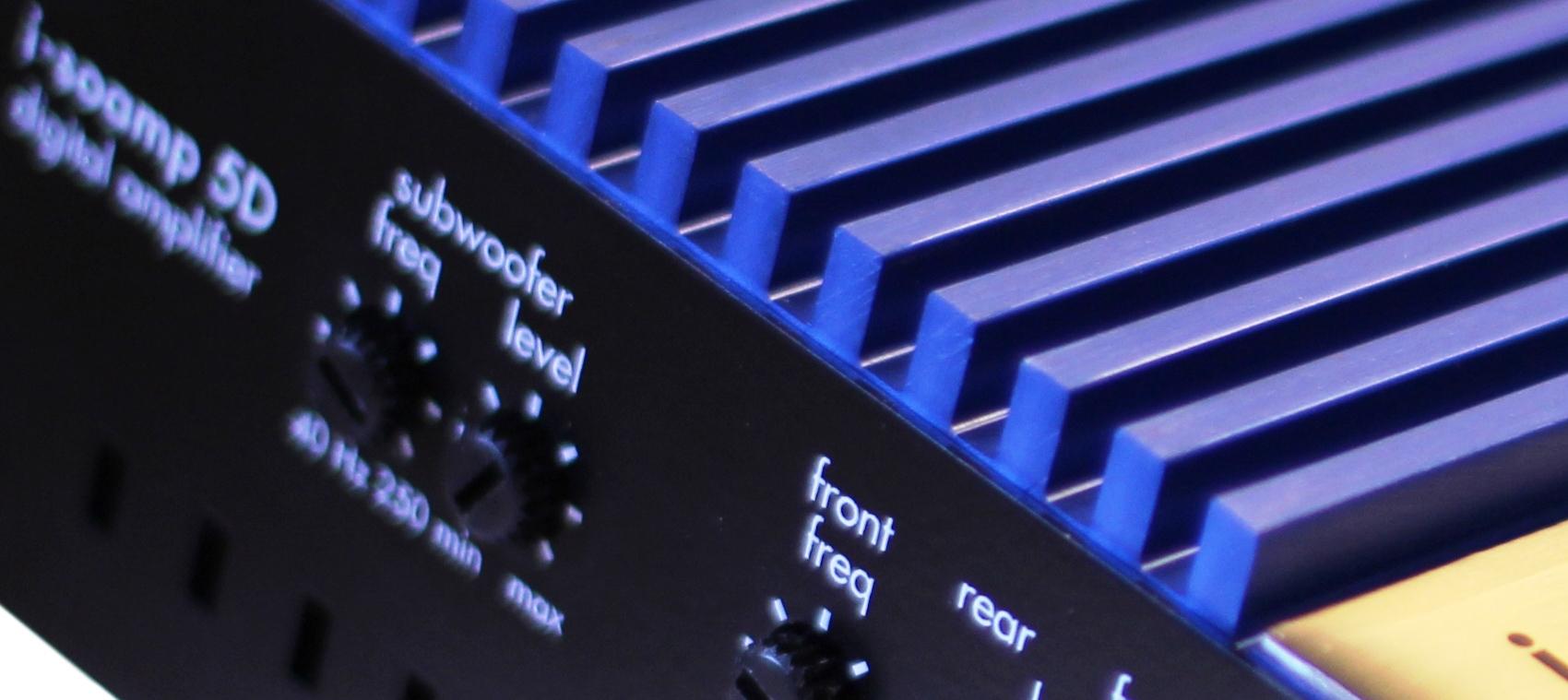 I-SOTEC Isoamp-4CoolBlue 4-Kanal Auto Plug/&Play Endstufe//Verst/ärker f/ür Werks-Radios mit ISO Anschlusskabel